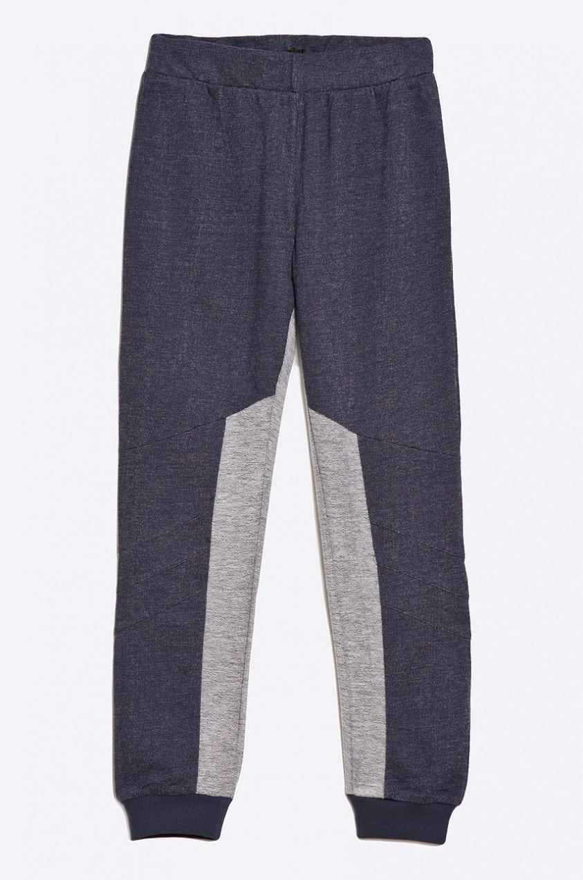 Guess Jeans Guess Jeans - Gyerek nadrág 118-175 cm - Styledit.hu da0f69b081