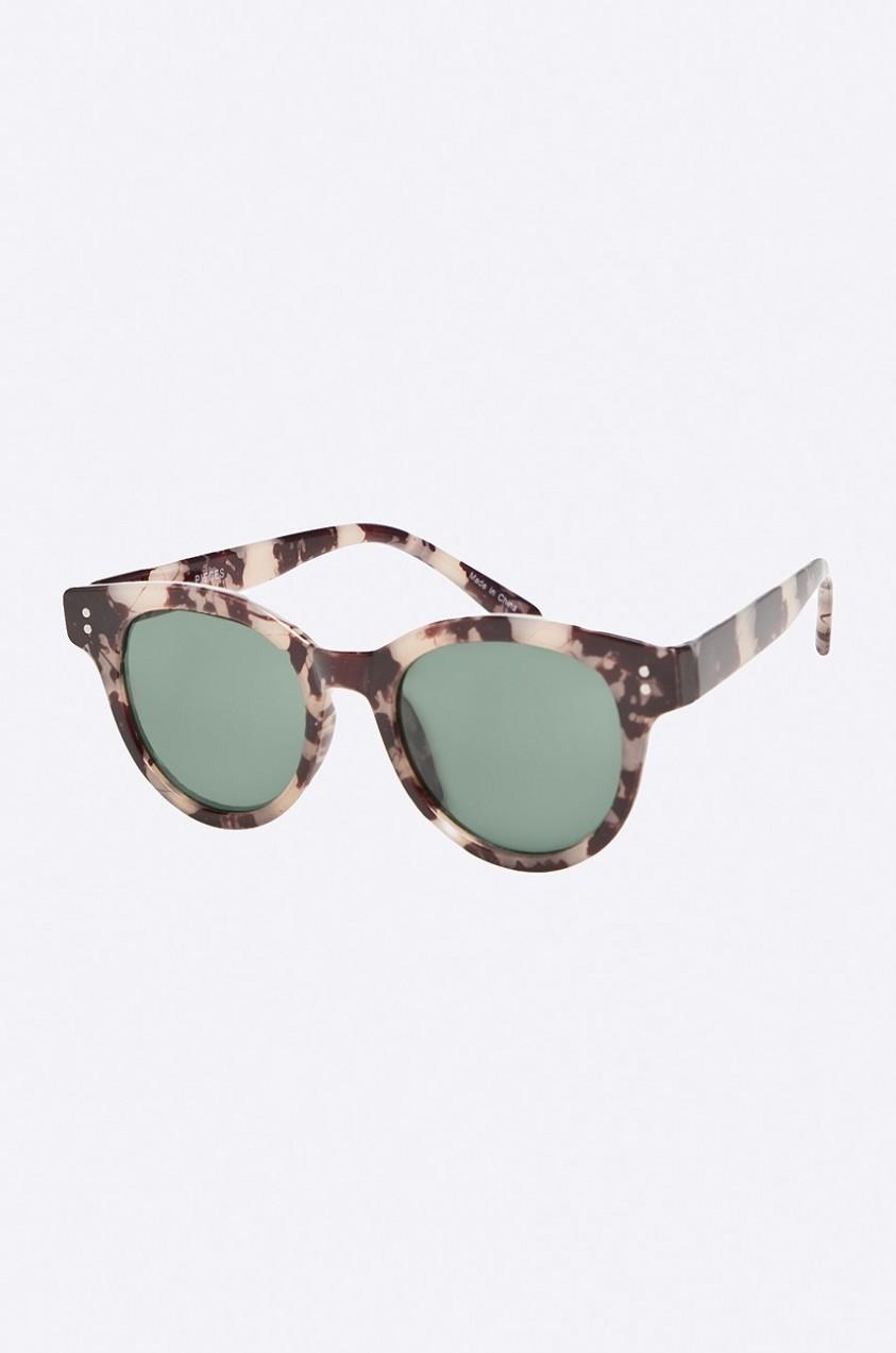 Pieces - Szemüveg. További Kerek napszemüvegek 65aaec6f9d