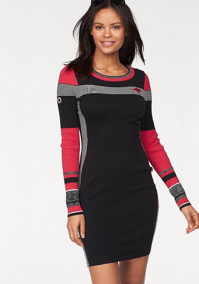 aae6dc9b30 KangaROOS kötött ruha Kangaroos® fekete-piros-fehér - normál méret 32