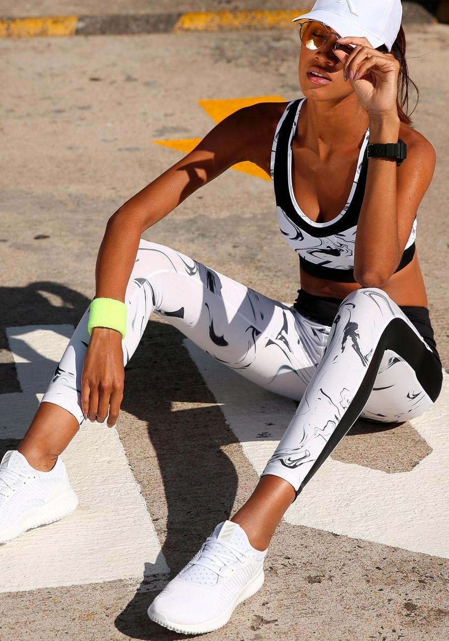 active by LASCANA leggings hálós betéttel és márványozott mintával Active by lascana fehér márványozott normál méret 4850