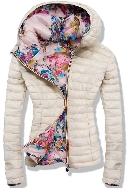 Kifordítható bézs színű és virágmintás dzseki H 822