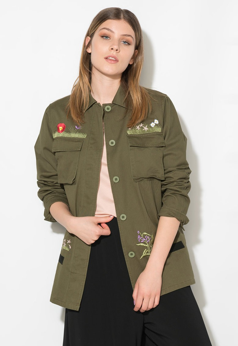 Zee Lane Denim Katonai Zöld Kabát Virágmintás Hímzéssel - Styledit.hu 6b81addbb9