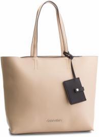ceb5ac25ec Calvin Klein női táskák - Styledit.hu