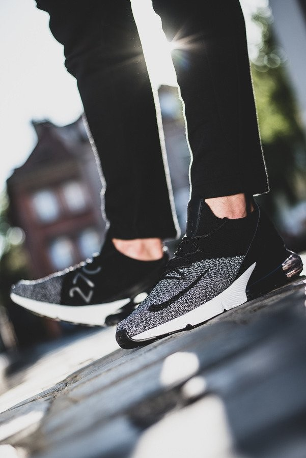 Nike Nike Air Max 270 Flyknit AO1023 001 férfi sneakers cipő ... 58c2fb4e8
