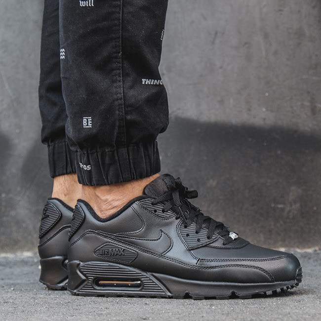 Nike NIKE AIR MAX 90 LEATHER FÉRFI CIPŐ 302519 001 - Styledit.hu 6b54e98aa4